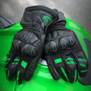 Frank Thomas Review 1.0 Leather Motorcycle Gloves Green