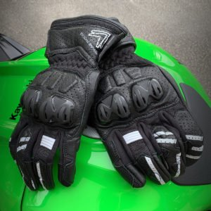 Frank Thomas Review 1.0 Leather Motorcycle Gloves White