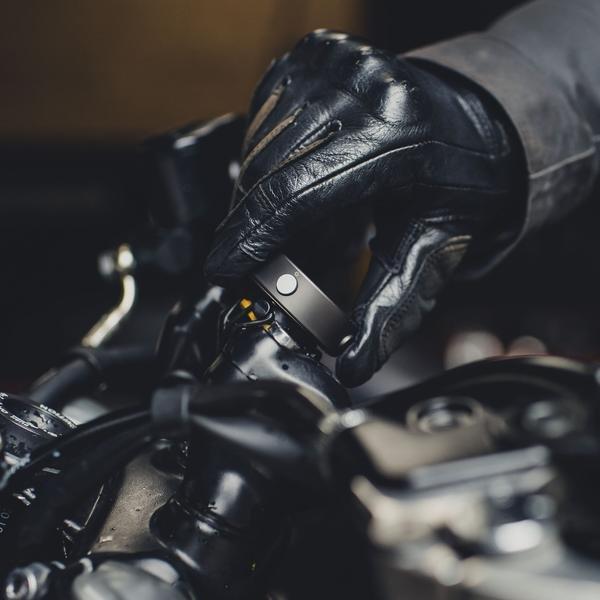 Beeline Moto Satnav Gun Metal Moto Sat nav